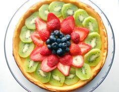 Cheese cake de kiwi fresas y blueberries