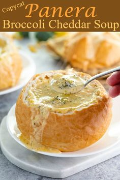 This easy Copycat Broccoli and Cheese Soup from Panera taste just like the restaurant recipe! PLUS, learn the trick for extra creamy, smooth soup every time! recipes Copycat Panera Broccoli and Cheese Soup Copykat Recipes, Cooking Recipes, Vegetarian Recipes, Bread Bowls, Broccoli Cheddar, Restaurant Recipes, The Best, Dessert Recipes, Pasta