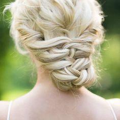 Wedding hairstyle idea; Featured Photographer: Craig Paulson Photography