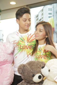 """This is Kathryn Bernardo and Daniel Padilla smiling and posing for the camera during the taping and recording of the 2015 ABS-CBN Christmas station ID theme song, """"Thank You for the Love! Child Actresses, Child Actors, Beautiful Day, Beautiful Outfits, Inigo Pascual, Daniel Johns, Graduation Balloons, Daniel Padilla, Star Magic"""
