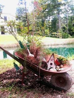 Great use for an old wheel barrel.