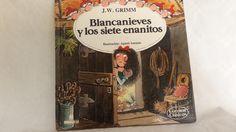 Número 24 de la Colección Cuentos Clásicos, multilibro, Blancanieves y los siete enanito.