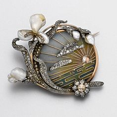 Art Nouveau plique-à-jour enamel, diamond and pearl brooch, circa 1900.