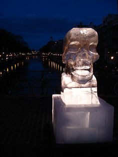Ice sculptures in Amsterdam, by Albertien Enthoven, to raise awareness about climate change