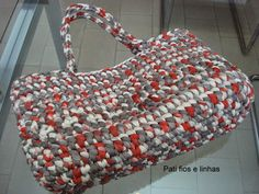 Pati fios e linhas: Bolsas em fio de malha