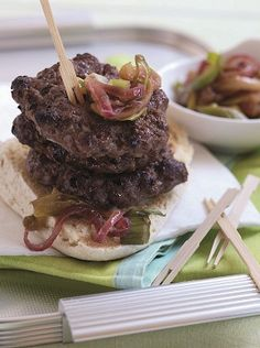 #WelshLamb, Mint and Onion Patties with Onion, Apple and Leek Relish. 182 kcal per serving.