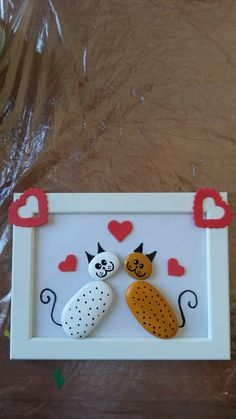 Stone Crafts, Rock Crafts, Creative Arts And Crafts, Diy And Crafts, Painted Rocks Craft, Art Village, Rock Painting Ideas Easy, Diy Artwork, Stone Pictures