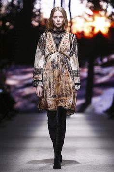 Alberta Ferretti Ready To Wear Fall Winter 2015 Milan - NOWFASHION