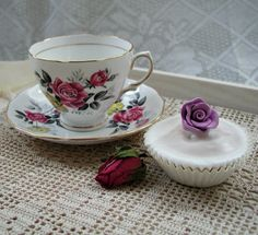 Royal Vale #Roses Teacup. #Vintage C1950s. #Teacup by VerasTreasures, £18.00