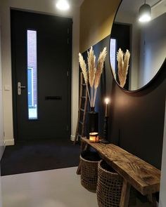 Foyer decorating – Home Decor Decorating Ideas House Design, Small Apartment Decorating, Interior, Foyer Decor Entryway, Home Decor, House Interior, Home Deco, Home And Living, Small Hallways