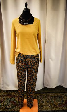 a078400044 Női sárga hosszú ujjú TUZZI felső. Virágmintás hosszú női nadrág. Capri  Pants, Capri