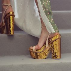 Anna Sheffield / 18K Gold in Plat-form // Dior Fall 2015 Couture