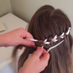 Scissor waterfall braid with ribbon by @elisabetsisters