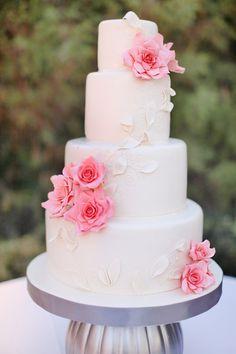 Modern, elegant wedding cake // photo by Wings of Glory Photography
