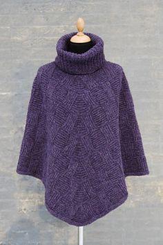 Ravelry: Viva pattern by Hanne Falkenberg Poncho Knitting Patterns, Shawl Patterns, Knitting Stitches, Knitting Designs, Crochet Poncho, Knitted Poncho, Knitted Shawls, Diy Fashion Hacks, Sweaters For Women