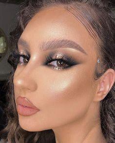Edgy Makeup, Makeup Eye Looks, Creative Makeup Looks, Eye Makeup Art, Flawless Makeup, Cute Makeup, Makeup Goals, Pretty Makeup, Skin Makeup