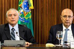presidente interino Michel Temer e o Ministro da Fazenda, Henrique Meirelles, durante reuniao ministerial no Palacio do Planalto, em Brasilia