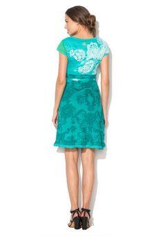 Tyrkysové šaty s kašmirovou potlačou a šnúrko...