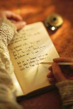 Regularly keeping a journal is key to making writing come more naturally. The dreaded task of writing your college essay. Story Inspiration, Writing Inspiration, Princess Aesthetic, College Essay, Coffee And Books, Lectures, Book Aesthetic, Romanticism, Pen And Paper