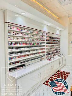 Modern Nail Salon, Luxury Nail Salon, Beauty Nail Salon, Beauty Room Salon, Beauty Room Decor, Nail Salon Design, Nail Salon Decor, Salon Interior Design, Beauty Salon Design