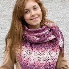 Kuvahaun tulos haulle kolmiohuivin virkkaus Baby Knitting Patterns, Scarves, Crochet, Crafts, Fashion, Scarfs, Moda, Manualidades, Fashion Styles