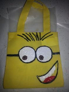 Making minion goodie bags for my sons 2nd bday party