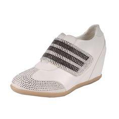5474379dc43 Liliana by Beston Women s  Kris  White Hidden Wedge Sneakers