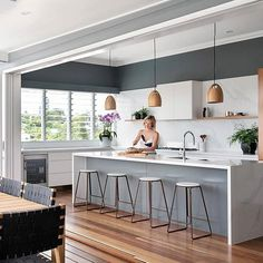 Regram from Creating the perfect balance for Indoor/Outdoor living at Project Paddington featuring our Oak Pendants in Natural. Kitchen Island Lighting Modern, Kitchen Island Decor, Kitchen Colors, Kitchen Shelf Unit, Benjamin Moore Kitchen, Backyard Layout, Big Windows, Indoor Outdoor Living, New Kitchen