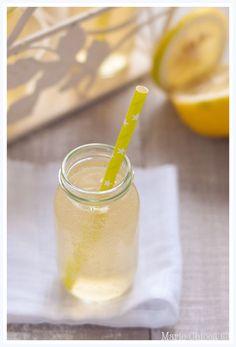 Kéfir au citron frais et touche de miel d'acacia: