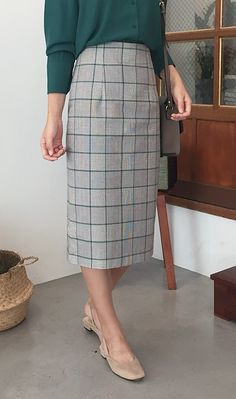 Looking glam in checkered slit cotton skirt! #smartcasual #chic