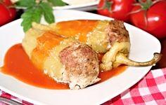 Papriky plněné namletou směsí z vepřového bůčku a hovězího masa předního, servírované podlité rajskou omáčkou. Pork, Meat, Chicken, Recipes, Anna, Red Peppers, Kale Stir Fry, Recipies, Ripped Recipes