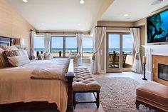 my dream bedroom at Newport<3