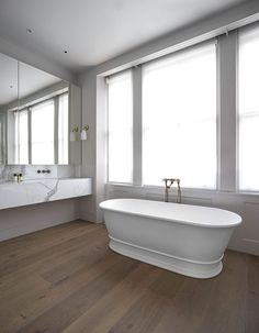 bathtub-michaelis-boyd.jpg