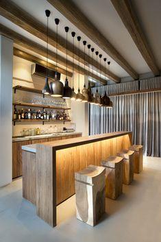 Charming South African House Built Among The Trees Home Bar Rooms, Diy Home Bar, Home Bar Decor, Home Bars, Mini Bar At Home, Bar Counter Design, Kitchen Bar Design, House Bar Design, Home Bar Counter