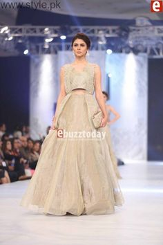 fff56ed0ee 32 Best Pakistani wedding dress images | Indian dresses, Dress india ...