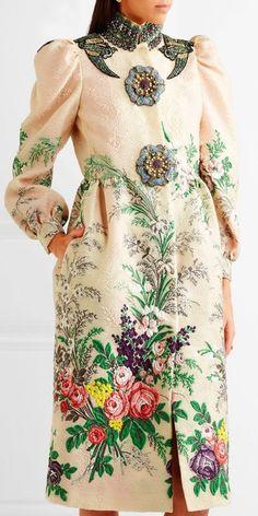 Global Fashion Space Loves ... Gucci