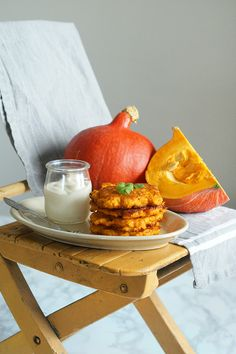 Pikantne placki z dyni - FitSweet Best Breakfast, Good Food, Food And Drink, Pumpkin, Cheese, Meals, Cooking, Recipes, Fit