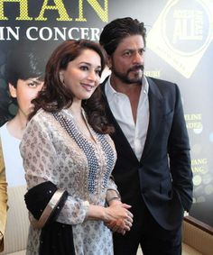 Madhuri Dixit Nene & Shahrukh Khan