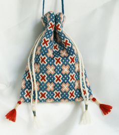 14th century pouch I did a similar pattern in Bargello ages ago.