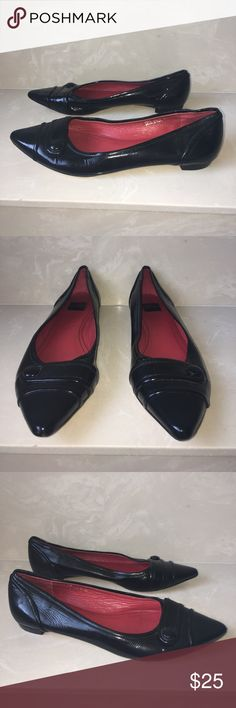 Authentic Coach black patent leather flats sz 7 Authentic Coach black patent leather flats sz 7 good condition light scuffs light wear to leather & bottom soles Coach Shoes Flats & Loafers