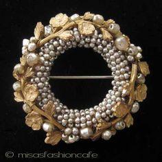 ~ Living a Beautiful Life ~ Miriam Haskell ミリアムハスケル ブローチ Marcasite Jewelry, 18k Gold Jewelry, Sparkly Jewelry, Pearl Jewelry, Bridal Jewelry, Beaded Jewelry, Jewelery, Handmade Jewelry, Crystal Jewelry