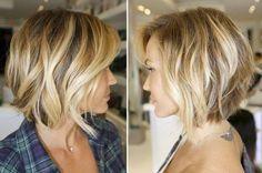coiffure Bob moderne avec mèches de couleur paille