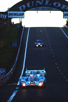 1971 - 24 Hours of Le Mans at the Circuit de la Sartre. Car 19 with Gulf Oil Livery - Car 22 with Silver Martini Racing Livery. Three cars were used in the 71 race and not one finished. That was the first and last time a LH was raced. Old Sports Cars, Sports Car Racing, F1 Racing, Sport Cars, Race Cars, Real Racing, Gt Cars, Motor Sport, Porsche 911 Rsr