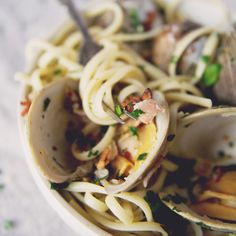 Linguini with Clams and Bacon recipe