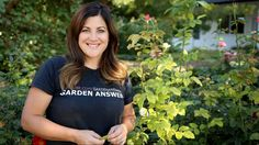 Yellow leaves mean plants aren't producing enough chlorophyll. This common garden problem is known as chlorosis. Laura from Garden Answer shows you how to tu. Proven Winners, Food Photography Tips, Garden Inspiration, Garden Ideas, Garden Fun, Social Media Branding, Yellow Leaves, Garden Care