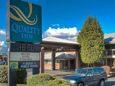 Maple Ridge (BC) Quality Inn Canada, North America The 2.5-star Quality Inn offers comfort and convenience whether you're on business or holiday in Maple Ridge (BC). The hotel offers guests a range of services and amenities designed to provide comfort and convenience. To be found at the hotel are Wi-Fi in public areas, restaurant. All rooms are designed and decorated to make guests feel right at home, and some rooms come with desk, hair dryer, coffee/tea maker, ironing facilit...