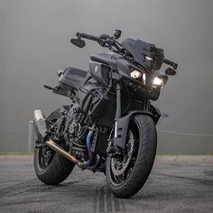 Yamaha Fz Bike, Bike Bmw, Yamaha Motorcycles, Moto Bike, Motorcycle Bike, Best Motorbike, Motorbike Design, Bugatti, Lamborghini