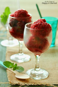 BLACKBERRY SORBET + LEARN HOW TO MAKE ANY FRUIT SORBET. Colorful, fresh and refreshing fruit sorbet is so easy to make. No ice cream machine or special ingredients required. This healthier alternative to ice cream is a great summer cooler! #happyandharried #berry #fruit #blackberry #sorbet #ice #cream #frozen #dessert #recipe #summer