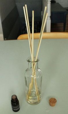 DIY Christmas Gifts That'll Mean so Much to Your Friends and Family DIY Aromatherapy Reed Diffuser