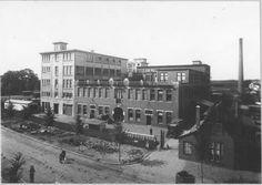 Paterswoldseweg 43 ( Destijds Hoornschedijk 39 ) tabaksfabriek van de fa. Theodorus Niemeijer , 1922